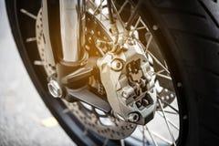 Motorfietswiel met ABS remmen, selectieve nadruk royalty-vrije stock foto's