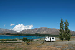 Motorhome at Lake 2 Royalty Free Stock Images