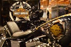 Motorisk cykelexpo, moped Harley Davidson arkivbild