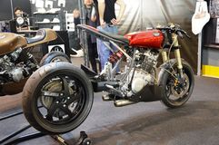 Motorisk cykelexpo, moped Yamaha Studiofibre royaltyfri fotografi