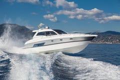 Motoriskt fartyg Royaltyfria Bilder
