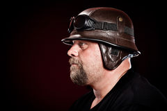 Motorista en un casco Fotografía de archivo libre de regalías