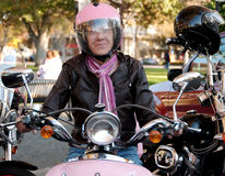Motorista femenino fresco Fotos de archivo