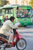 Motorista vietnamita del taxi Fotos de archivo