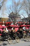 Motoristas de Pedicab que esperam o cliente Fotos de Stock Royalty Free