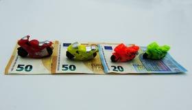 Motorkosten voor onderhoud, belasting, verzekering De foto van het concept stock afbeelding