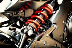 Motormotorcykelsvart och rött Royaltyfria Bilder