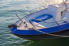 Motorowa łódź na morzu Obrazy Stock