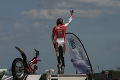Motorowego cyklu wyczynu kaskaderskiego jeździec Fotografia Stock