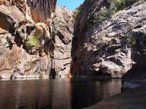 Motorowego samochodu spadki, Kakadu park narodowy, Australia Fotografia Stock