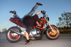 Motorrad-Bremsung Lizenzfreie Stockfotos