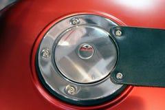 Motorrad-Kraftstofftank-Tür Stockfotos
