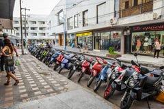 Motorrad-Parkplatz in San Andres Island, Kolumbien Stockfoto