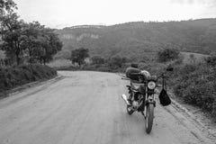 Motorrad-Reiten lizenzfreies stockfoto