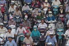 Motorradansammlung in Ho Chi Minh Stockbilder