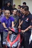 Motorraddiebstahl- und -raubfestnahmen in Semarang Stockfoto
