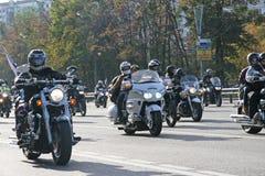 Motorradfahrer Lizenzfreie Stockfotos