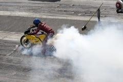 Motorradrauchshow Lizenzfreies Stockfoto