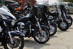 Motorrijders met hun eigen persoonlijke motorfiets op een maandelijkse vergadering 15 April 2018 Calarasi stock foto's