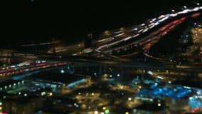Motorväg på natten arkivfilmer