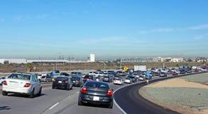 motorvägtrafik Arkivbilder