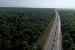 Motorway som ses fr?n ?ver royaltyfri fotografi