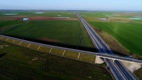 Motorway som ses fr?n ?ver royaltyfria bilder