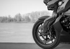 Motos de BMW de sport photographiées dehors Photographie stock