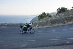 Motos sur la route photos stock