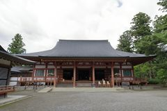 Motsu寺庙主要大厅在Hiraizumi 库存照片