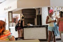 Mottagande på det Kleopatra strandhotellet Alanya, Turkiet Arkivfoto