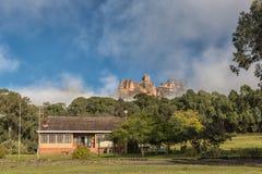 Mottagandekontor på den trädgårds- slotten i Drakensbergen Royaltyfri Fotografi