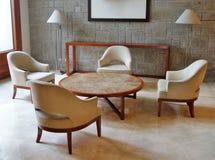 Mottagandeområde med furnitures royaltyfri foto
