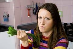 motviljagrönsakkvinna royaltyfri foto