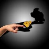 Motyl na palcu Zdjęcie Stock