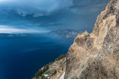 Mouchard de nuages de tempête autour de Garfield Peak image stock