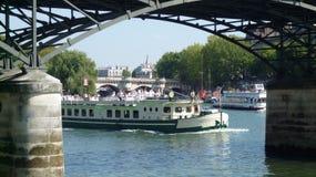 Mouche de bateau à Paris Image libre de droits