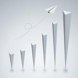 Mouche de style de polygone d'avions de papier au graphique du succès Images libres de droits