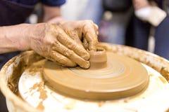 Moulage avec la poterie photo libre de droits