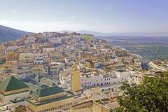 Moulay Idriss是最圣洁的镇在摩洛哥。 免版税库存照片