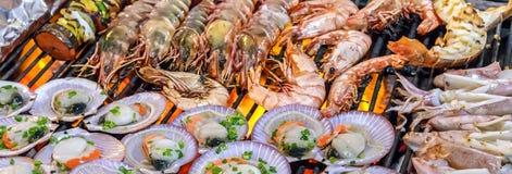 Moule de mollusque de gril images stock