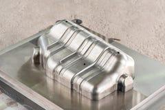 Moule/poinçon industriels de matrice en métal Images libres de droits