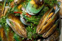 Moules cuites à la vapeur Image stock