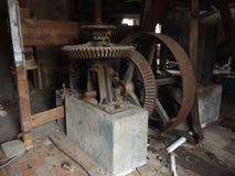 Moulin à eau abandonné et ruiné Image stock