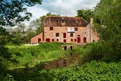 Moulin à eau blanc Photo stock