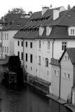 Moulin à eau historique à Prague photographie stock libre de droits