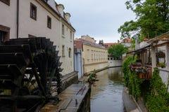 Moulin à eau sur l'île de Kampa à Prague, République Tchèque photos stock
