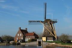 Moulin à vent aux Pays-Bas Photo libre de droits