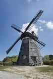 Moulin à vent de tourelle dans le village du benz photo libre de droits