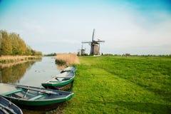 Moulin à vent hollandais type Photos stock